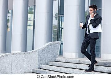 junger, Telefon, heiter, klage, gebrauchend, Mann