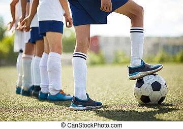 Junior Football Team Ready to Fight