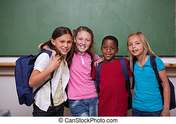 juntos, compañeros de clase, posar