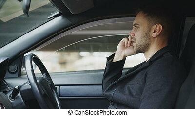 jurer, téléphone, voiture, intérieur, séance, conversation, quoique, dehors, homme affaires, accentué
