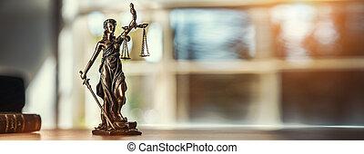 justiça senhora, estátua