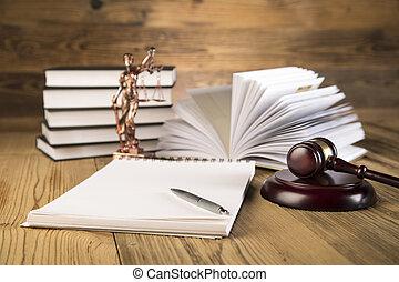 justice dame, marteau, livres, or, échelle
