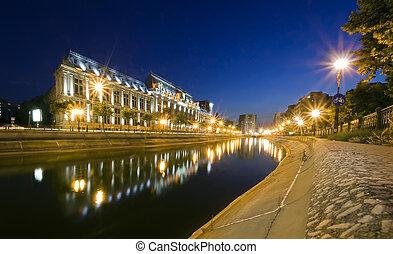 Justice Palace, Bucharest - night scene of Justice Palace,...