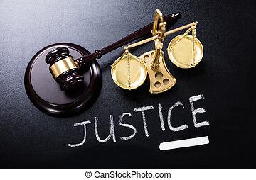 justice, tableau noir, concept