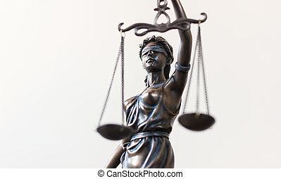 justicia de dama