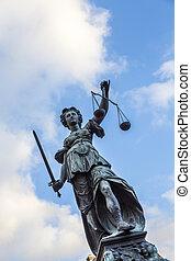 justitia, francfort, allemagne, monument