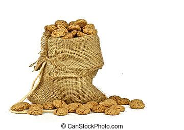 Jute bag full of gingerbread nuts