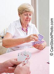 kártya, senior woman, játék