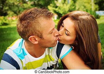kärlek, kyss