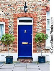 kék, bejárati ajtó