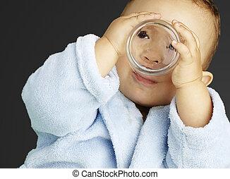 kék, csecsemő, fürdőköpeny, víz, portré, ov, ivás, imádnivaló