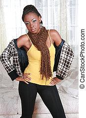 kényelmes, öltözött, fiatal, african american női, álló