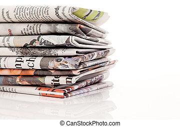 képeslapok, hírlapok, öreg, kazalba rak
