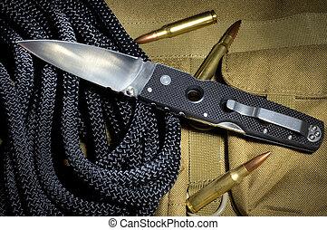 kés, taktikai