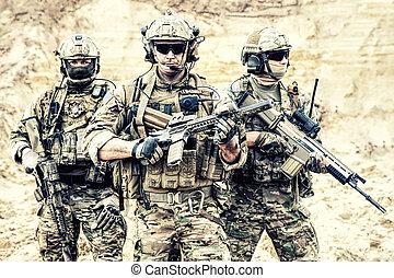 készenlét, küzdelem, erőltet, felszerelt, katona, elit