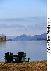 két, adirondack szék, tengerpart