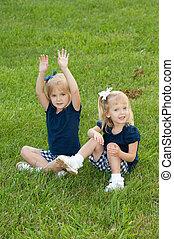 két, kicsi lány