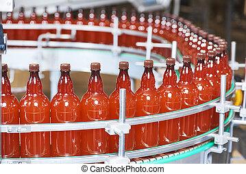 kézbesítő, carbonated, vagy, műanyag, ital, sör palack, mozgató