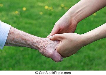 kézbesít, birtok, nők, fiatal, idősebb ember