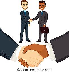 kézbesít, businessmen, remegő, emberek