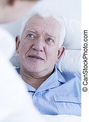 kórház, hím, türelmes, öregedő