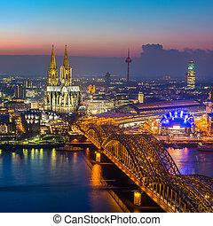 Köln, dämmerung