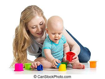 kölyök, fiú, és, anya játék, együtt, noha, csésze, apró