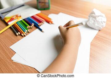 kölyök, kevés, dolgozat, kezezés írás