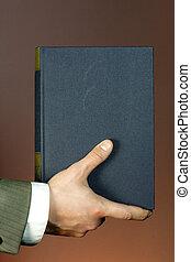 könyv, alatt, kéz