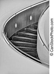 kör alakú, lépcsőház