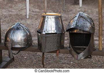 középkori, harc, sisakok