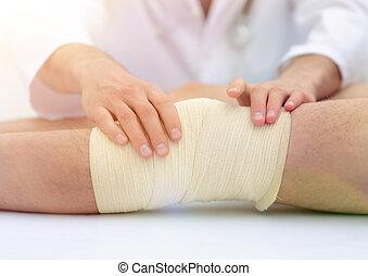 középső gerezd, közül, orvos, bepólyázás, láb, közül, türelmes, alatt, kórház