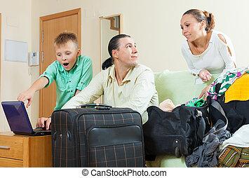 közönséges, család, közül, három, folytatódik holiday