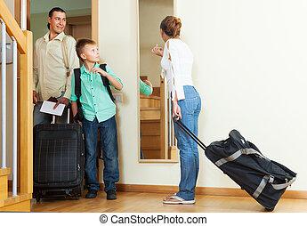 közönséges, család, utazó, folytatódik holiday