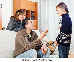 közönséges, szülők, korholó, tizenéves, fiú