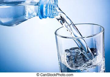 közelkép, folyik víz, alapján, palack