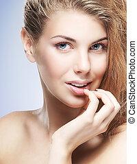 közelkép, portré, közül, fiatal, gyönyörű, és, egészséges woman, noha, nyílvesszö, képben látható, neki, face.