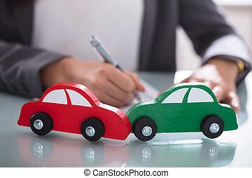 közelkép, wooden autó, két, zöld piros