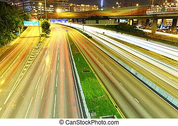 közlekedési lámpa, nyomoz, éjjel