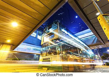 közlekedési lámpa, nyomoz, alatt, modern, város, éjjel