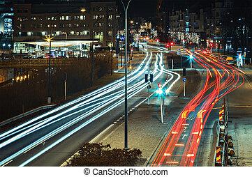 közlekedési lámpa, nyomoz
