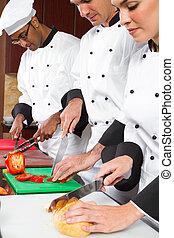 køkkenchefer, madlavning