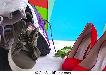 különböző, cipők, shoes., nagy, sport, magas, piros, halom, women's, megsarkal
