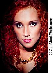 kędzierzawy, do góry, włosy, zamknięcie, portret, dziewczyna, czerwony