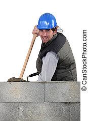 kőműves