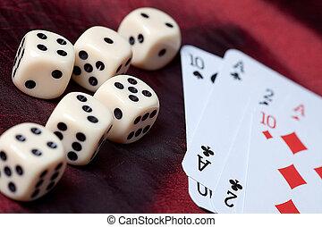 kaarten, spelende dobbelstenen
