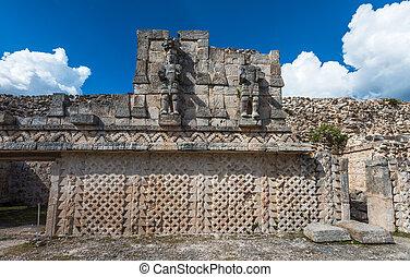 kabah, maya, archeologiczne umieszczenie, puuc, droga, yucatan, meksyk