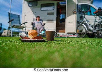 kaffe, familj, motorhome, semester res, grass., sejdel, helgdag, resa