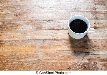 kaffe kopp, på, gammal, trä tabell
