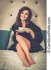 kaffe, kvinna, rum, säng, hotell